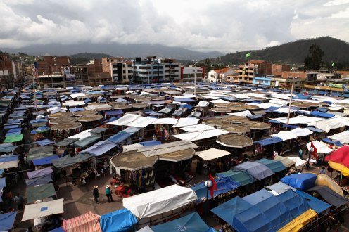 An overall image of the central portion of Otavalo's Saturday market. Photo: Alex Washburn